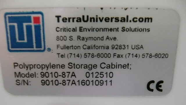Terra Universal 9010-87A Polypropylene Storage Cabinet with Filter and Blower, Type D